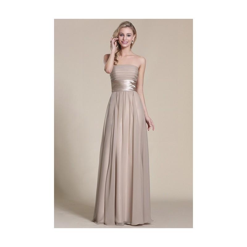 Nové elegantní a jednoduché společenské světle béžové šaty bez ramínek s atnickým  páskem ... 3550c18691