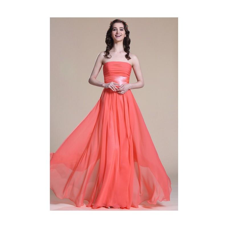 Nové elegantní a jednoduché společenské světle červené šaty bez ramínek s  antickým páskem 1b09e5e866