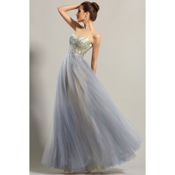 Nové překrásné společenské bledě modré šaty s tylovou sukní a výšivkou zdobeneným živůtkem