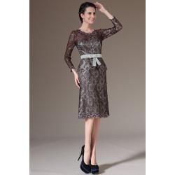 Elegantní velmi oblíbené celo-krajkové šaty i na denní nošení s páskem a zdobnou mašličkou v pase