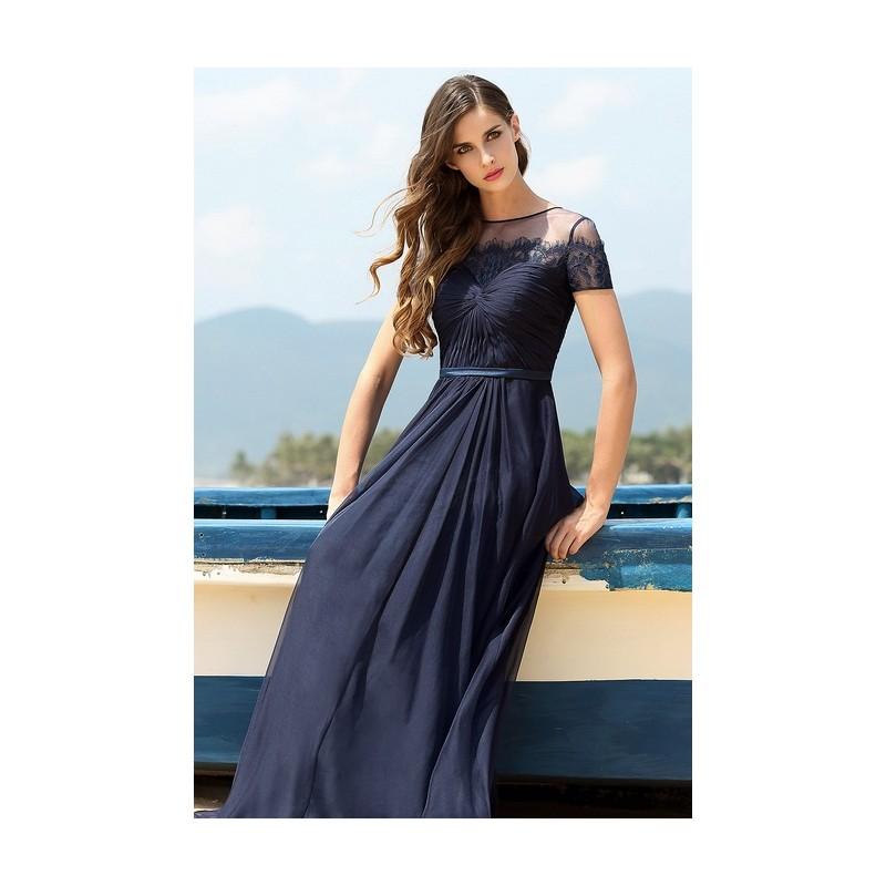 13828133e02 Tmavě námořnicky modré společenské okouzlující dlouhé šaty s krajkovým  dekoltem a rukávky