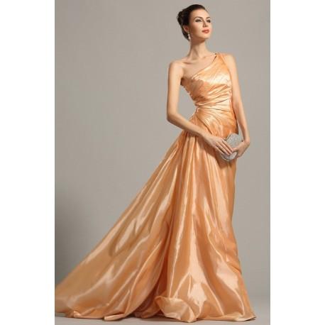Společenské elegantní jednoduché oranžové řasené šaty na jedno rameno