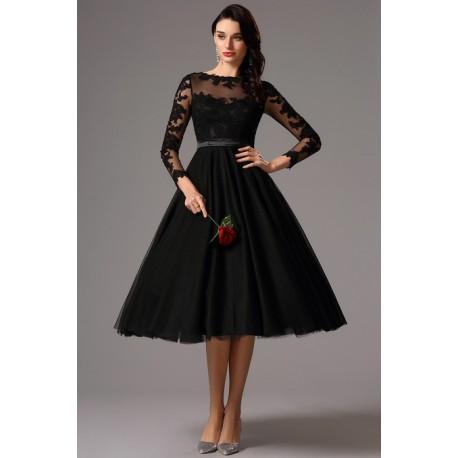 Společenské uhrančivé nádherné černé tylové šaty s délkou pod kolena a  dlouhým krajkovým rukávem bf53bb0586f