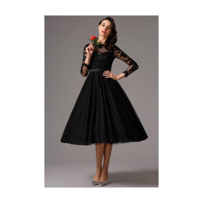 7630cfb5064 ... Společenské uhrančivé nádherné černé tylové šaty s délkou pod kolena a dlouhým  krajkovým rukávem ...
