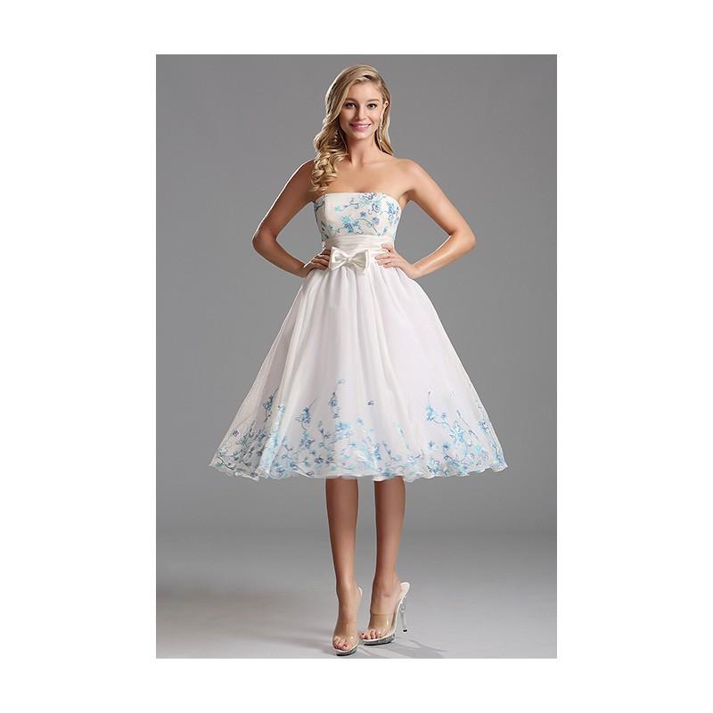 Společenské půvabné dívčí bílé šatičky bez ramínek s tyrkysovou a modrou  výšivkou 1fd88d63c8