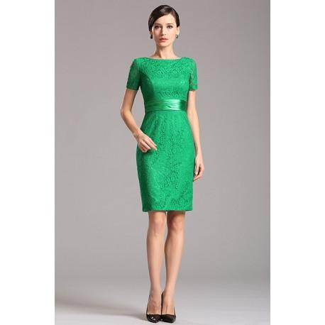 c573e3a04e3 Krajkové zelené krátké pouzdrové šaty s krátkým rukávem a saténovým pásečkem