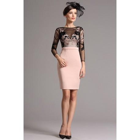 Společenské krásné krátké šaty se světle růžovou sukní a černým výšivkou  zdobeným živůtkem s dlouhým rukávem 332110e656