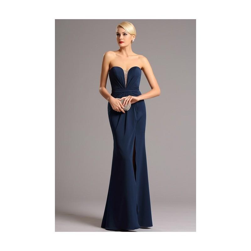 005323bc3b85 Společenské elegantní tmavě modré dlouhé šaty bez ramínek s rafinovaným  zdobeným průsvitným prvkem v dekoltu ...