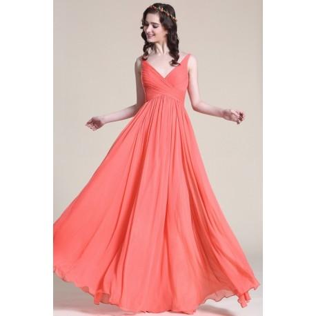 Společenské jednoduché korálově červené šaty s véčkovým výstřihem a úzkými  ramínky ab700cd254