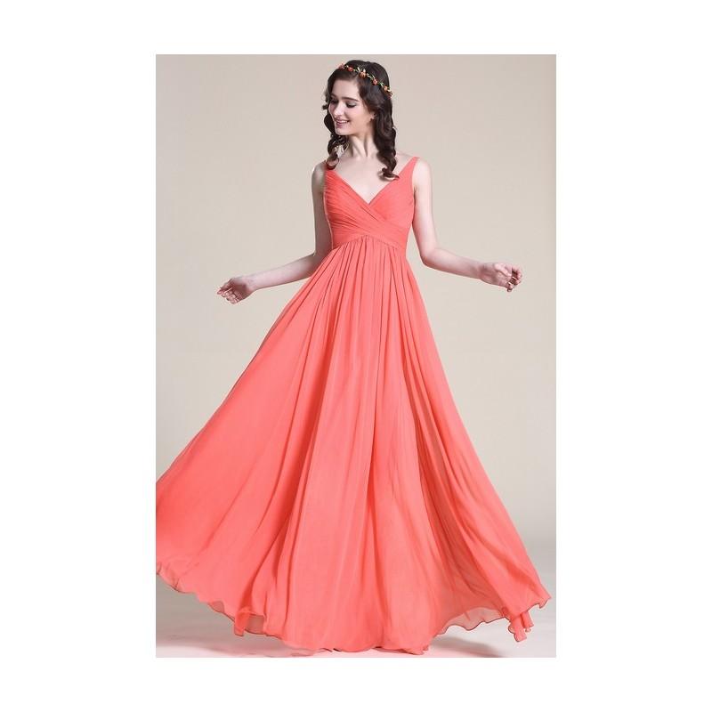 Společenské jednoduché korálově červené šaty s véčkovým výstřihem a úzkými  ramínky aa3389b0391