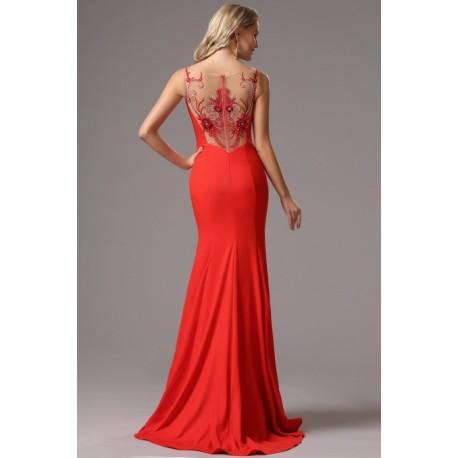 1ba0e9a30a1 Společenské dlouhé překrásné červené šaty s průsvitnými krajkovou výšivkou  zdobenými celými zády