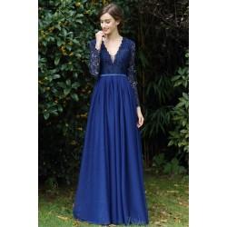 Společenské nádherně modré tylové šaty s celokrajkovým topem a dlouhým rukávem