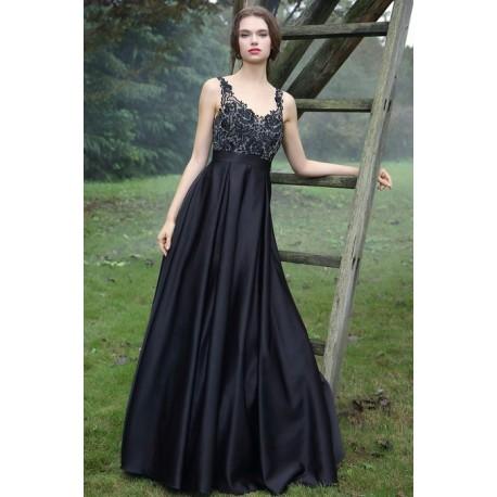 49b1397b72d Společenské uhrančivé černé dlouhé šaty s velkou sukní a tylovým krajkou  zdobeným topem