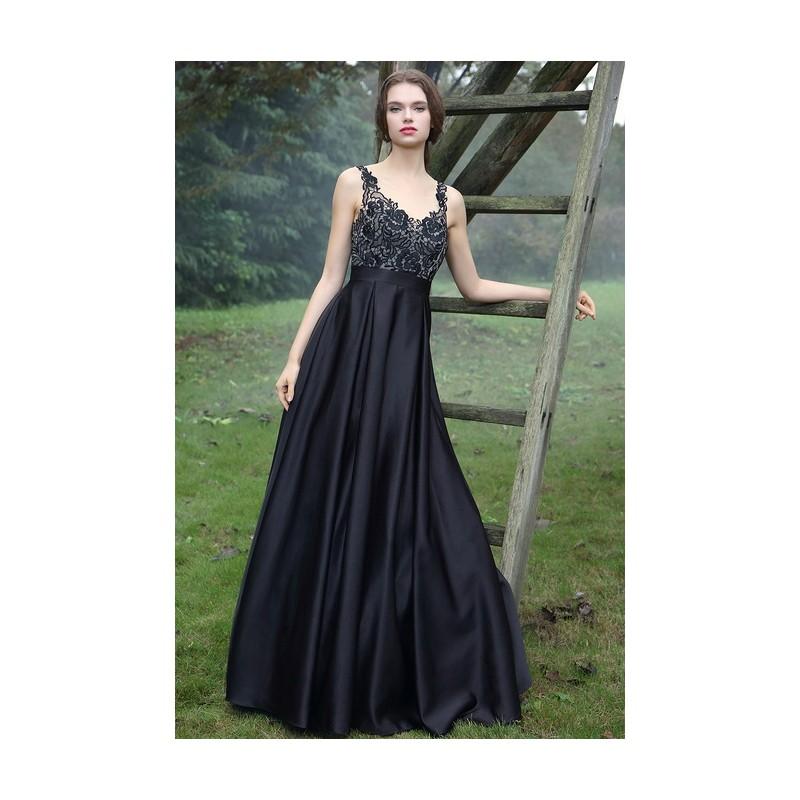 805fc1302d8f Společenské uhrančivé černé dlouhé šaty s velkou sukní a tylovým krajkou  zdobeným topem ...