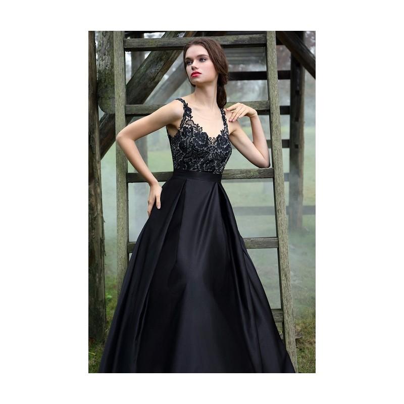 19bda36218a1 ... Společenské uhrančivé černé dlouhé šaty s velkou sukní a tylovým  krajkou zdobeným topem ...