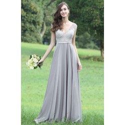 Společenské světle šedé romanticky krásné šaty s topem zdobeným kamínky