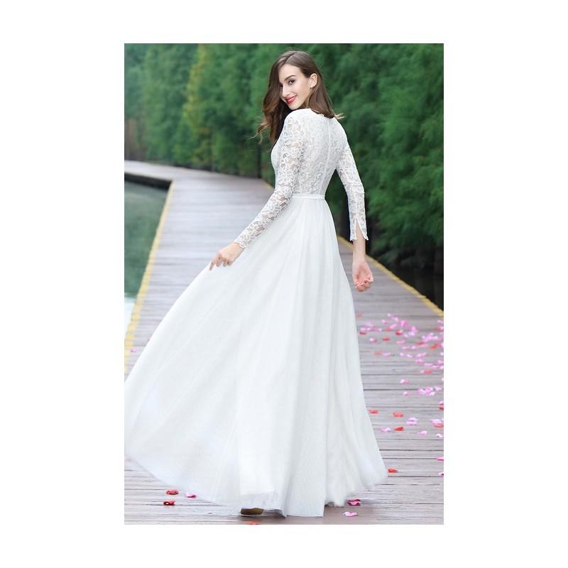 d9feb078a9a ... Svatební nové jednoduché nádherné tylové bílé šaty s dlouhým krajkovým  rukávem ...