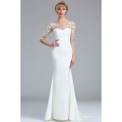 Svatební bílé úzké svůdné šaty s dlouhým tylovým krajkovou květinovou aplikací zdobeným rukávem