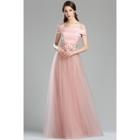 Půvabné společenské světle tluměně růžové šaty s tylovou sukní a saténovým  topem fe68d9a44a