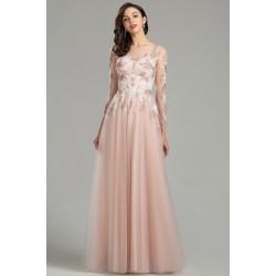 Nové půvabné světle růžovounké tylové šatičky s dlouhým rukávem a topem vyšívaným krajkou