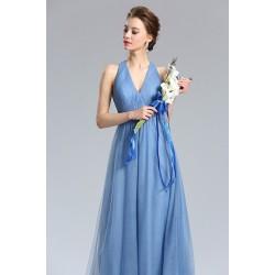 Okouzlující krásné a jednoduché pomněnkové světle modré tylové šaty s rafinovanými zády