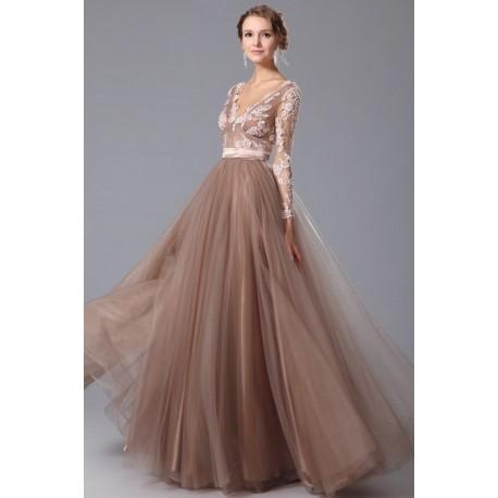 Společenské půvabné nejkrásnější šaty s dlouhým rukávem, výstřihem do véčka vpředu i vzadu a celo-krajkovým topem