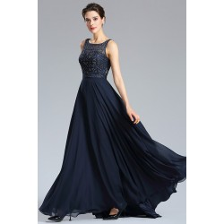 c8968d1e9807 Nádherné společenské tmavě modré dlouhé šaty bez rukávů s plně zdobeným  kamínkovým vrškem