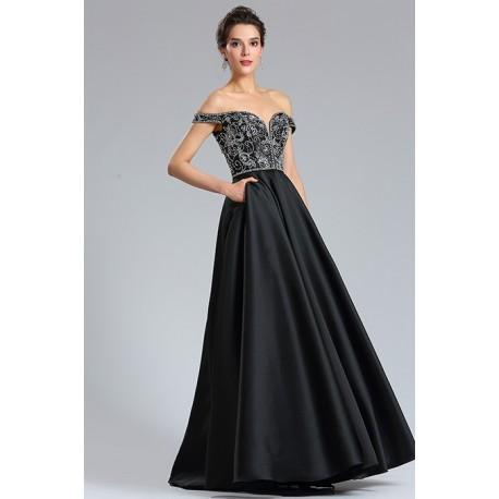 Nádherné společenské černé dlouhé šaty s bohatou sukní a kamínky zdobeným  topem se spadlými rukávky c3ef5d0bce