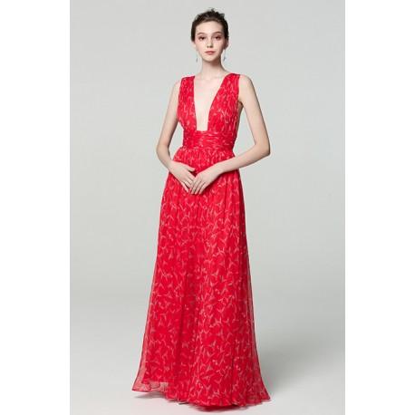 Společenské dlouhé nádherné červené šaty s potiskem kvítků