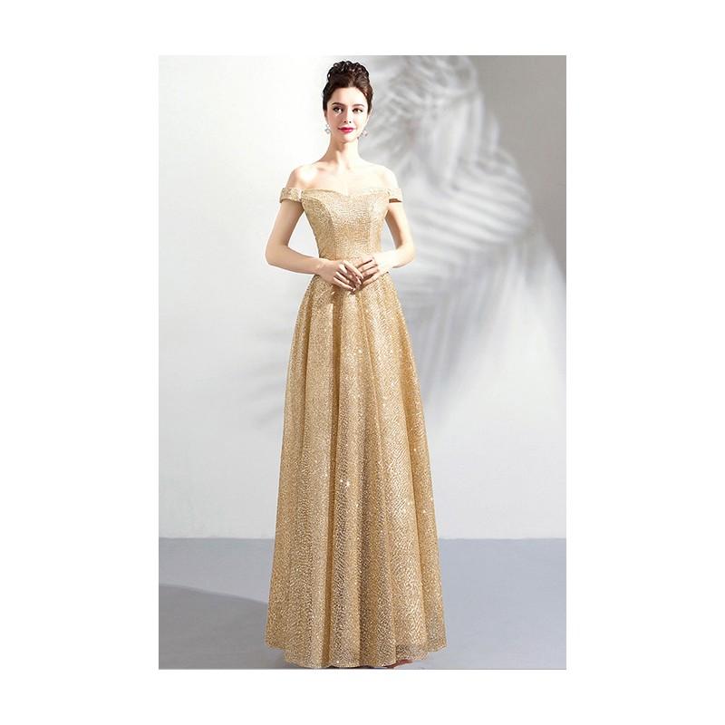 ... Překrásné zlaté dlouhé šaty jednoduché plesové šaty se spadlými rukávky  a šněrováním na zádech ... f0d6428394