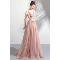 Překrásné plesové dlouhé světle pudrové šaty s krajkovou výšivkou, kamínky zdobeným topem a vintage šněrováním