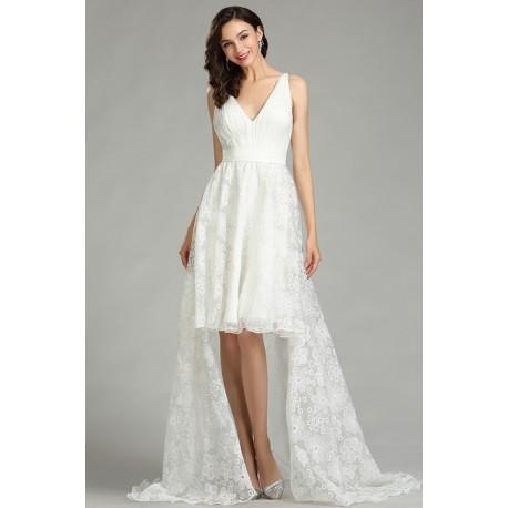 Bílé svatební jednoduché krátké krajkové šaty s oddělitelnou dlouhou sukní alá vlečkou