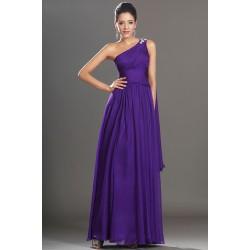 Společenské plesové překrásné fialové šaty na jedno rameno s kamínkovou dekorací a ojedinělou vlečkou na rameni