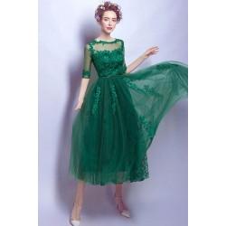 Společenské krásné celokrajkové šik zelené šaty s krajkovou výšivkou zdobeným topem a polodlouhým rukávem