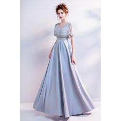 Společenské krásné šedomodré jemné šaty s ojedinělým živůtkem hojně zdobeným kamínky