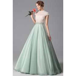 Společenské půvabné a překrásné světle-zelenkavé šaty s krajkovým topem zdobeným perlami a kamínky