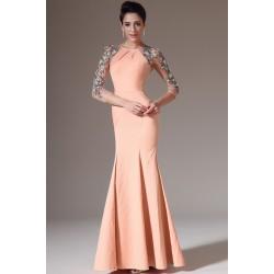 Společenské elegantní a velmi přitažlivé lososové šaty s dlouhými průsvitným  krásně zdobenými rukávy a zády 8b7efe224a